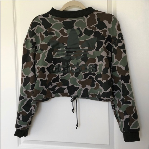 Adidas camo cropped hoodie size small
